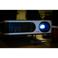 Egate S513 LED Projector